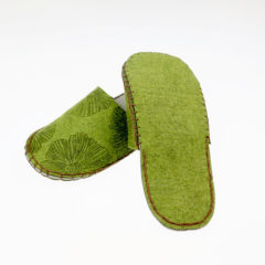 laser-engraving-felt-slippers-09c